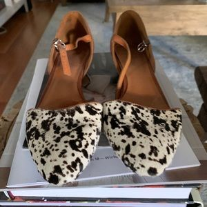 Madewell Leather and Calf hair spotted flats SZ 8